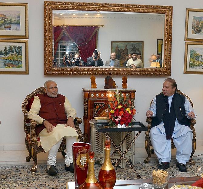 Prime Minister Narendra Modi and Pakistan Prime Minister Nawaz Sharif in Lahore, December 25, 2015.
