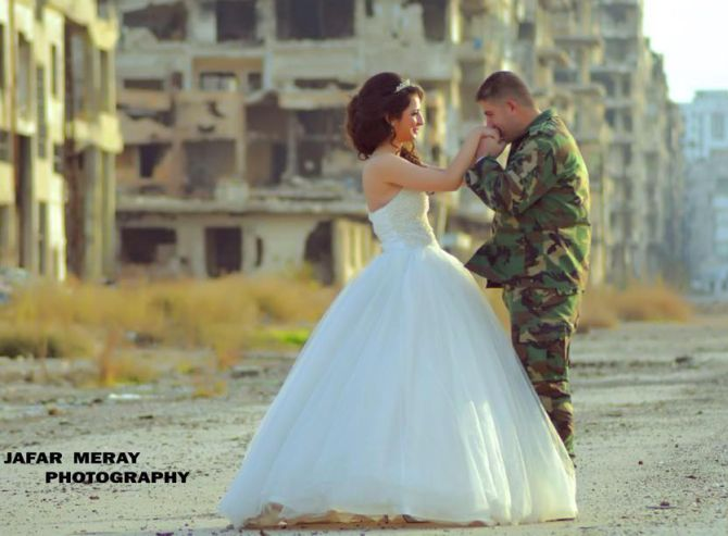 Must See Touching Images Of A Wedding In Warzone Rediff India News