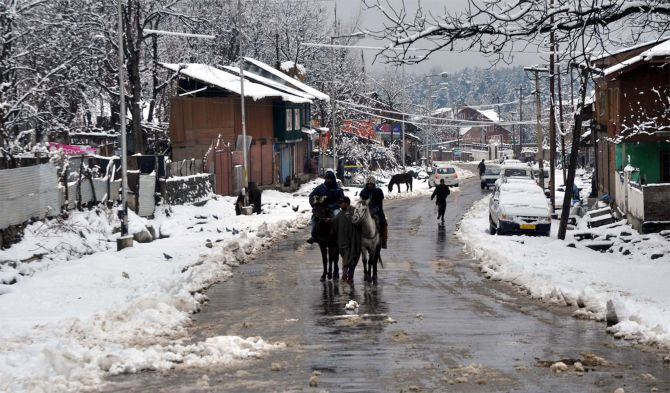 an essay on joys of winter season Joy comes to kashmir as valley witnesses season's first snowfall  sans snow  ever since the onset of the current winter season even though.
