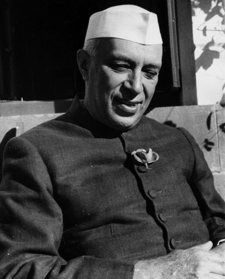 short biography of pandit jawaharlal nehru