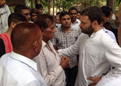 India News - Latest World & Political News - Current News Headlines in India - Rahul Gandhi, Kejriwal at cremation of journalist Akshay Singh