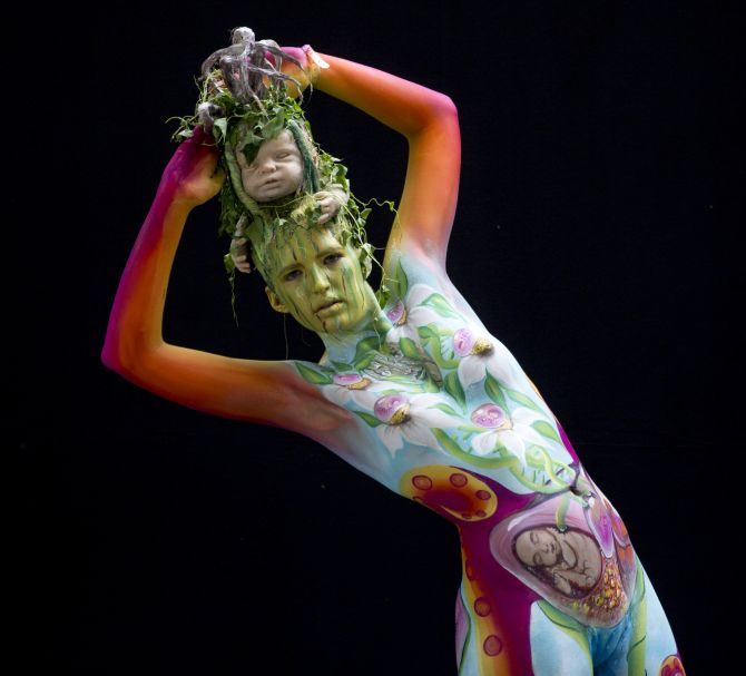 Human Body Paint Alien