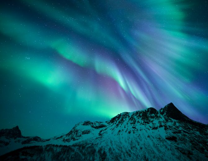 Diamond White Usa >> 12 out-of-this-world photos of the starry sky - Rediff.com ...