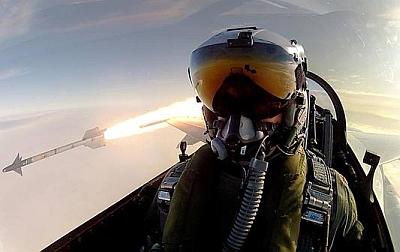US uses 'moronic' selfie to bomb ISIS headquarters