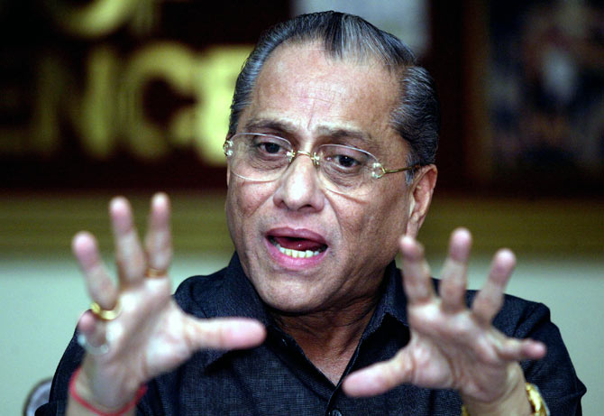 Srinivasan-backed Dalmiya set to return as BCCI president