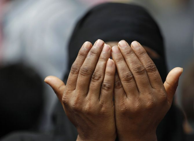 India News - Latest World & Political News - Current News Headlines in India - Government has 4 questions on triple talaq