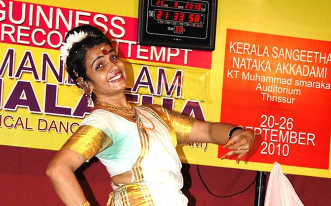 hemlata dancer