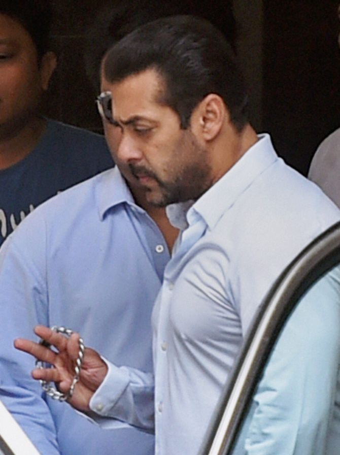 India News - Latest World & Political News - Current News Headlines in India - Salman Khan acquitted by Rajasthan HC in poaching cases