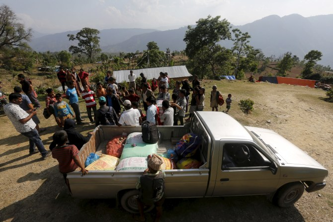 India News - Latest World & Political News - Current News Headlines in India - How these men and women are selflessly helping rebuild Nepal