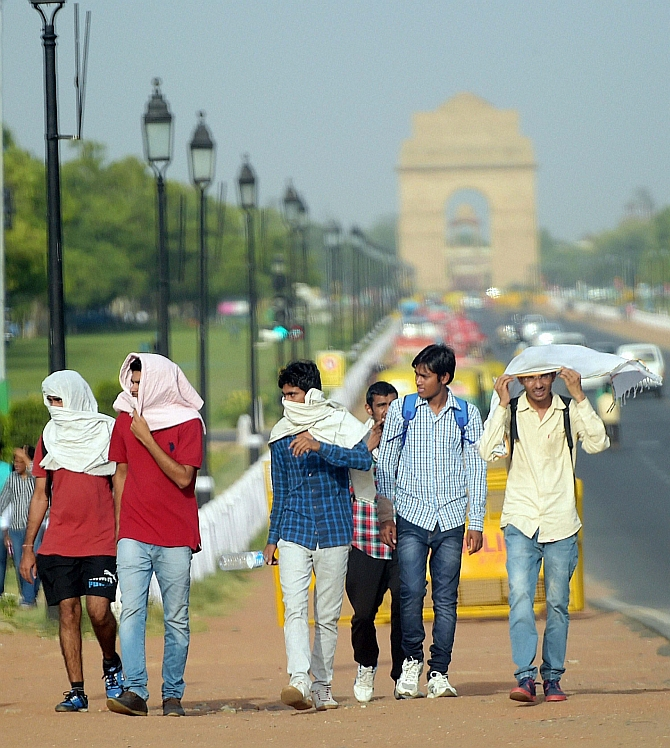 Delhi witnesses hottest day of the season badly
