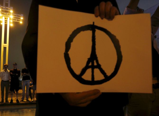 Peace For Paris Symbol Goes Viral In Solidarity With Terror Victims