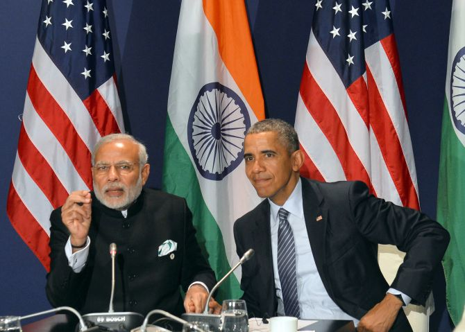 Prime Minister Modi and President Obama on the sidelines of the COP21 -- Climate Change -- Summit in Paris, November 30, 2015. Photograph: Press Information Bureau