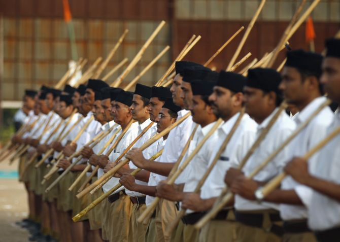 India News - Latest World & Political News - Current News Headlines in India - RSS sacks Goa chief who led black flag march against Amit Shah