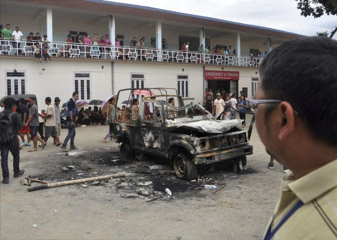 India News - Latest World & Political News - Current News Headlines in India - Manipur tense after 3 killed in police firing; 8 die in violence