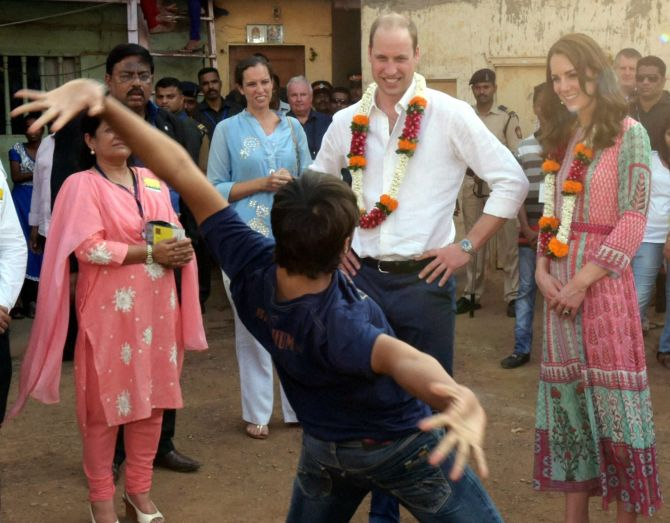 India News - Latest World & Political News - Current News Headlines in India - PHOTOS: The Royals have a 'Slumdog' moment in Mumbai