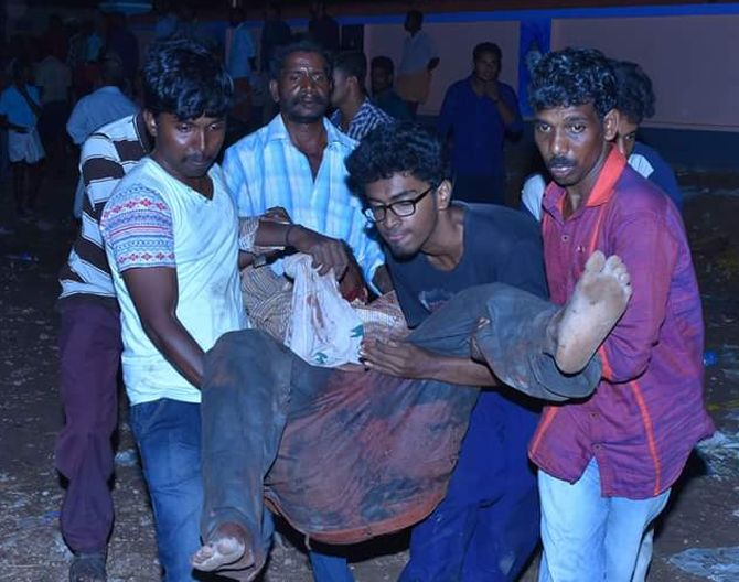 India News - Latest World & Political News - Current News Headlines in India - Gutted! Country mourns Kerala temple tragedy