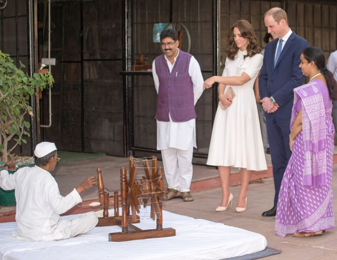 India News - Latest World & Political News - Current News Headlines in India - PHOTOS: After Mumbai, Wills-Kate weave their magic in Delhi