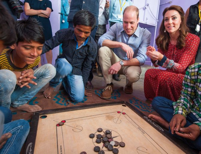 India News - Latest World & Political News - Current News Headlines in India - PHOTOS: Wills-Kate join in games with street kids in Delhi