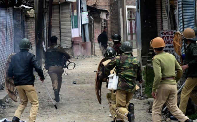 Image result for Kashmir: Huge protests in Handwara after 21-yr old boy death