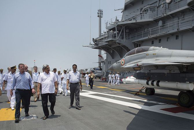 Defence Minister Manohar Parrikar and US Secretary of Defence Ash Carter tour the aircraft carrier INS Vikramaditya at the Indian Naval Station Karwar, April 11, 2016. Photograph: Senior Master Sergeant Adrian Cadiz
