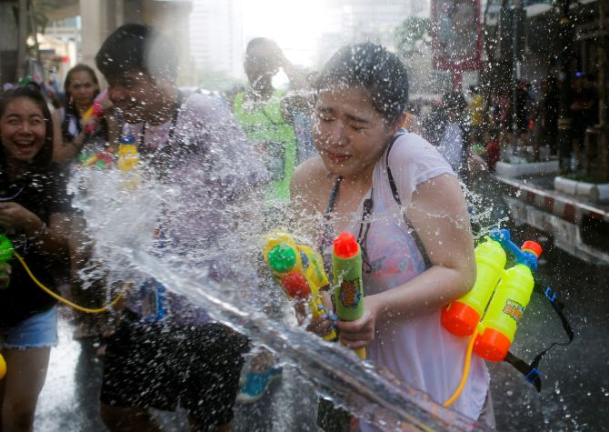 India News - Latest World & Political News - Current News Headlines in India - PHOTOS: This is the world's biggest water fight