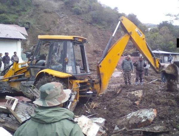 India News - Latest World & Political News - Current News Headlines in India - At least 14 dead in Arunachal landslide