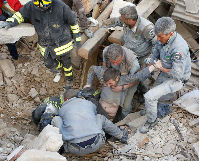 India News - Latest World & Political News - Current News Headlines in India - Italy quake: Death toll rises to 247 as search for survivors continues