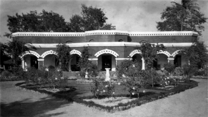 Sylvia Dyer's house in Dhang