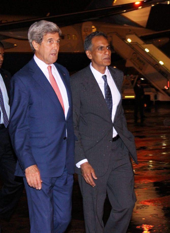 India News - Latest World & Political News - Current News Headlines in India - When John Kerry got stuck in Delhi traffic