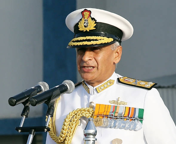 India News - Latest World & Political News - Current News Headlines in India - We are viewing Scorpene leak 'very seriously': Navy chief