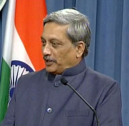 India News - Latest World & Political News - Current News Headlines in India - Parrikar attacks Pak in US, says small percentage is holding majority to ransom in Kashmir