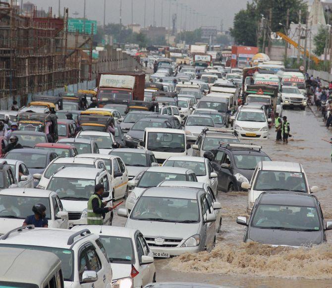 India News - Latest World & Political News - Current News Headlines in India - PIX: Delhi, Gurugram drown yet again