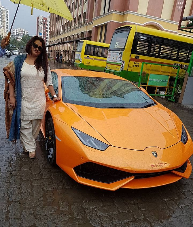 India News - Latest World & Political News - Current News Headlines in India - Mrs Mehta couldn't tame the Lamborghini