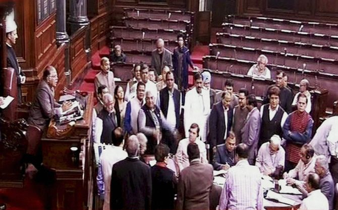 India News - Latest World & Political News - Current News Headlines in India - Temperatures soar in Parliament over army deployment in Bengal