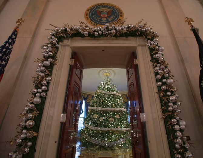 India News - Latest World & Political News - Current News Headlines in India - PHOTOS: It's Christmas Wonderland at the White House