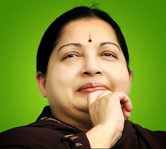 India News - Latest World & Political News - Current News Headlines in India - Jayalalithaa's condition critical; security forces on alert