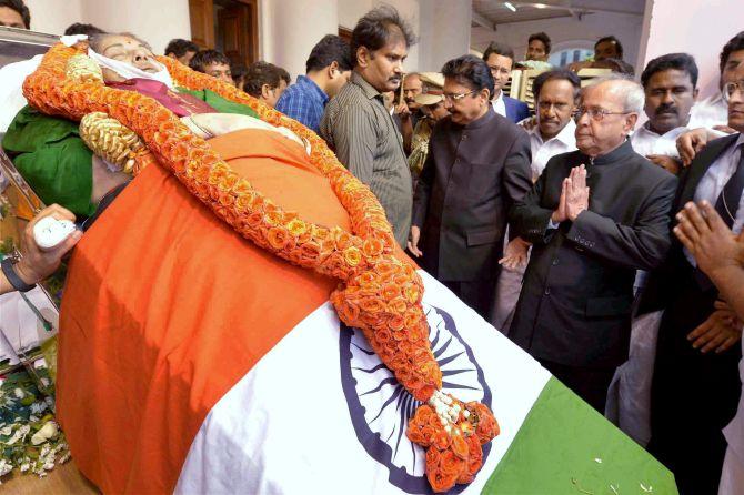 Image result for Jayalalitha PRESIDENT TRIBUTES