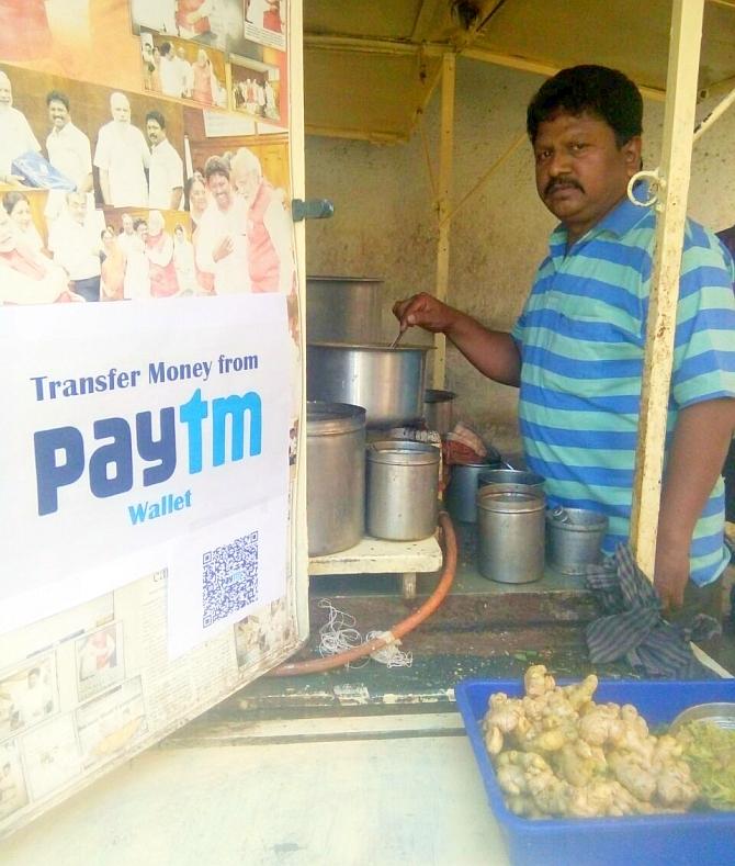 The cashless chaiwallah who swears by Modi