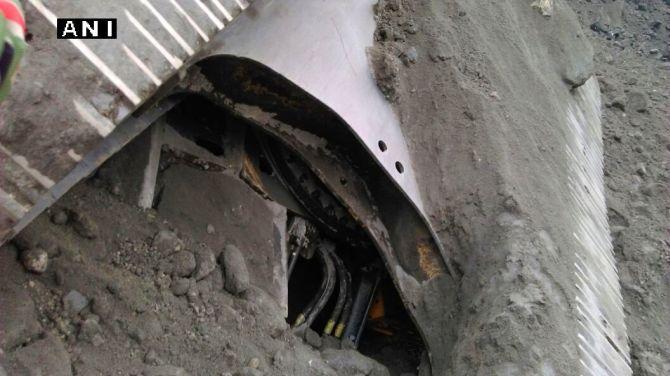 At least six dead in Florida university bridge collapse