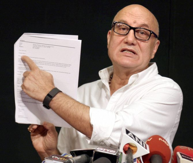 India News - Latest World & Political News - Current News Headlines in India - Of course, I'll go: Anupam Kher if he was invited to Pak