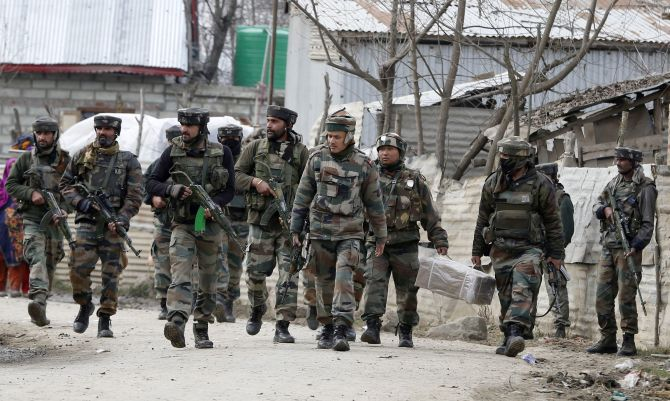 Indian Army soldiers during an encounter in Bandipore, Jammu and Kashmir, February 4, 2016