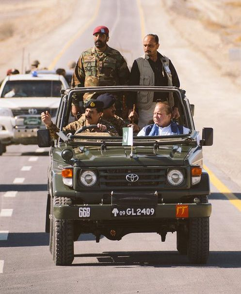 Pakistan Prime Minister Nawaz Sharif with General Raheel Sharif at the wheel