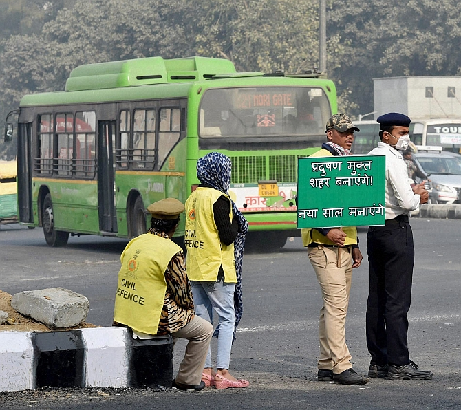 India News - Latest World & Political News - Current News Headlines in India - 'Odd-even' formula set to return to Delhi
