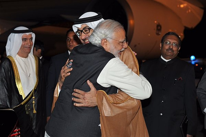 India News - Latest World & Political News - Current News Headlines in India - PM receives his 'special friend', Abu Dhabi's Crown Prince, at airport