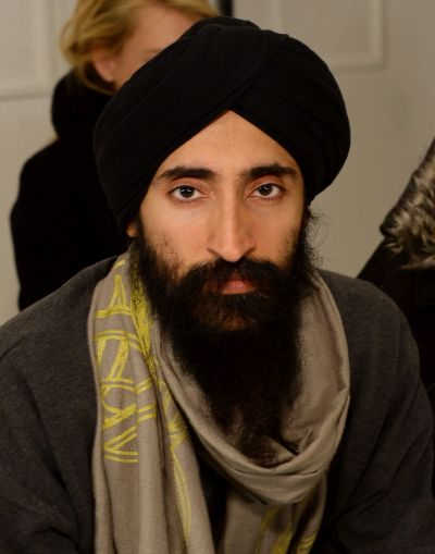 India News - Latest World & Political News - Current News Headlines in India - US-based Sikh actor gets apology after barred from boarding flight