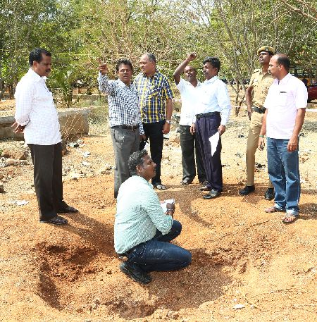 The GSI team at the crater in the Bharathidasan Engineering College