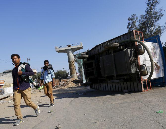 Jat stir: Fresh violence breaks out in Haryana, death toll