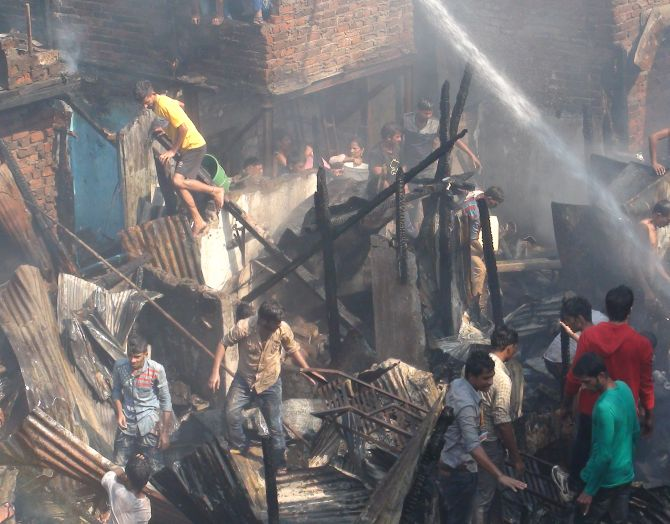 India News - Latest World & Political News - Current News Headlines in India - PHOTOS: No one was injured in this Mumbai blaze