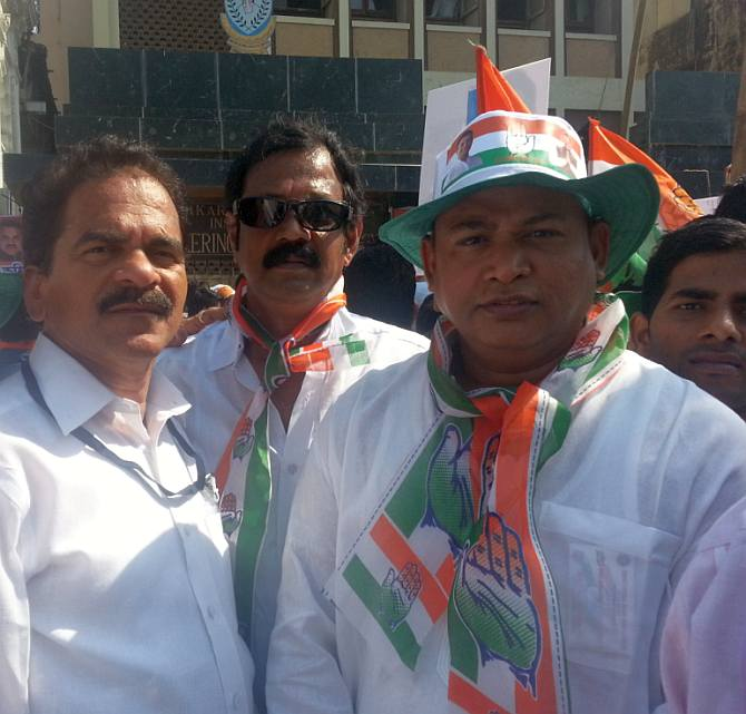 State Congress spokesperson Arun sawant with his followers