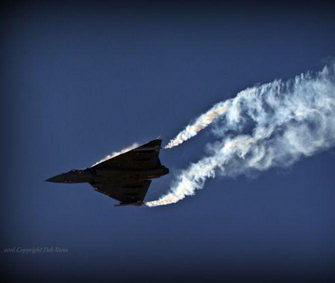 PHOTOS: India's Tejas flexes its muscles at Bahrain air show